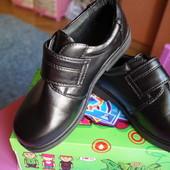 Туфли для мальчика, новые, черные, размеры 32, 33, 34, 35, 36