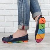 Балетки кожаные Турция мокасины Rainbow темно-синие на разноцветной подошве