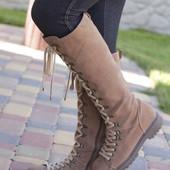 Раз.39.Стильные замшевые ботинки Bata.