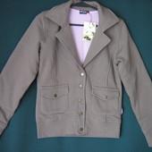 Новая куртка-пиджак.Размеры S и M.