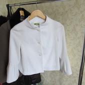 Spring белый жакет р. 36 одевался 1 раз