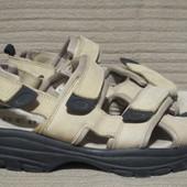 Легкие надежные кожаные сандали от знаменитого бренда Hero by Wrangler