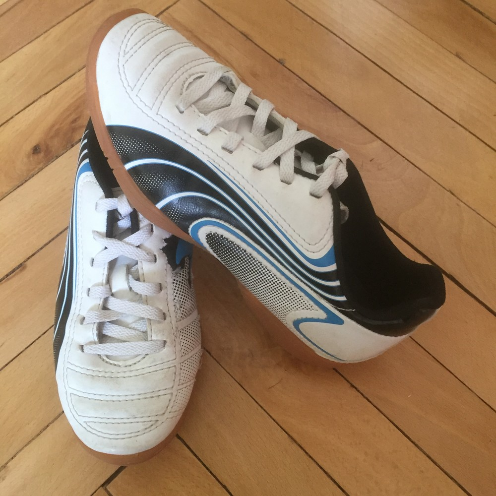 Кросівки (кроссовки, футзал) puma 33 р. (стелька 20,5 см). b'єтнам фото №1