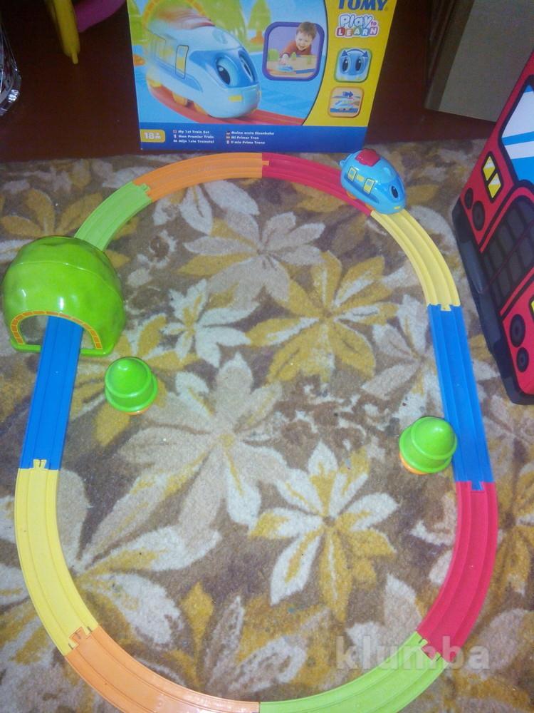 Моя первая железная дорога Tomy фото №1