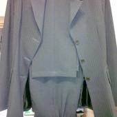 Женский костюм-тройка (пиджак, брюки, юбка) р.S-M