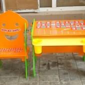 Детская парта со стульчиком ( детская мебель)
