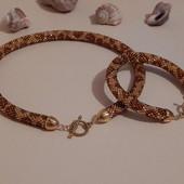 Комплект Золотой леопард чокер и браслет  жгут из чешского бисера