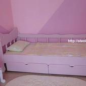 Кровать односпальная в белом цвете. Ясень