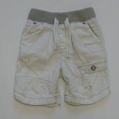 Мега стильные белоснежные шорты Next для модника, размер 12-18 месяцев, будут гораздо дольше