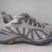 Демисезонные кроссовки Merrell