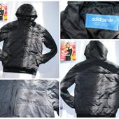 Куртка Adidas, оригинал. Размер не указан, примерно 10-12