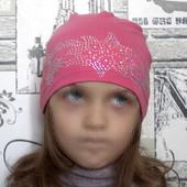Классная трикотажная шапочка на девочку 3-6 лет