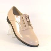 Женские оригинальные туфли 2008