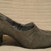 Элегантные туфельки на каблучке из мягчайшей замши Footglove. Англия 3