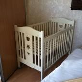 Детская кроватка ручной работы, натуральное дерево с матрасом, размер 60*120.
