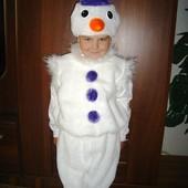 Отличный карнавальный костюм Снеговика.