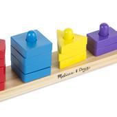 Деревянные игрушки – конструкторы, пирамиды на платформе из дерева