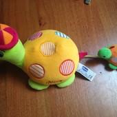 Chicco черепашья семья/черепаха и малыш  развивающая мягкая игрушка