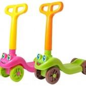 Самокат четырехколесный для деток от 1,5 до 3-4 лет.