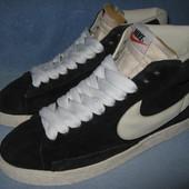 Кроссовки Nike, р.40 стелька 26,5см. Натур.замш
