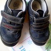 Полностью кожаные кроссовки Clarks,15,5см