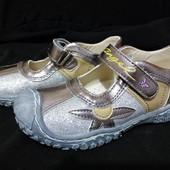 Новые туфли на девочек, 17 см по стельке