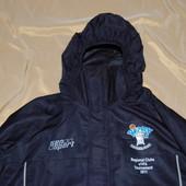 Куртка спортивная фирменная