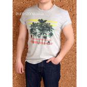 Серая футболка Incity, с пальмами.