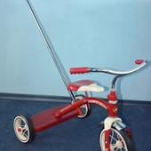 Велосипед Classic Red Radio flyer с родительской ручкой