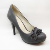 Туфли женские серые на каблуке Т629