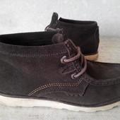 Ботинки замшевые KicKers р.40