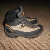Утепленные ботиночки.MeindlРазмер 33