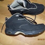 фирменные кроссовки 38,5 UK 5,5 Reebok