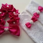 Комплект цветы на пучок (гульку) и митенки-перчатки