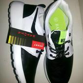 Кроссовки чёрно-белые в стиле Nike