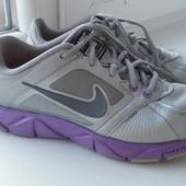 Фірмові кроси Nike 25-25,5cm