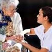Сиделка для пожилого человека с проживанием, Херсон. Опытная сиделка  обеспечит  грамотный  и качест