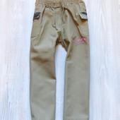 Стильные штаники с элементами Military для девочки. Внизу расклешены. Размер 6 лет. Состояние: идеал