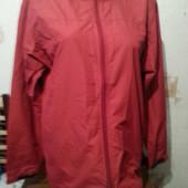 Курточка Новая  размер -L