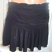 Фірмова стильна юбка спідничка .