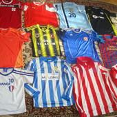 Фірмові футбольні футболки 2.