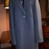 Новый удлиненный пиджак Dorothy Perkins, есть нюанс - отпала 1 пуговица, р. 16