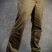 Износостойкие и комфортные брюки Чинос цвета хаки