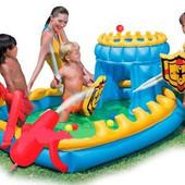 Катапульта стреляет шариками!! Детский игровой центр Bestway Осада замка (52169)