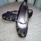 Лаковые туфельки Next, по стельке 19,5 см.