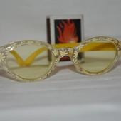 Фирменные детские очки девочке желтые ромашки