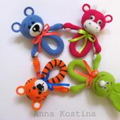 Вязаные погремушки для малышей, разные, ручная работа мишка зайчик тигр корова подарок