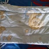 Бампер защита в детскую кроватку и простынь на резинке
