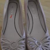 Туфли розовые Andre кожа 36 р