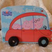 карт. книга машина  ездит свинка Пеппа Ladybird Ледибед